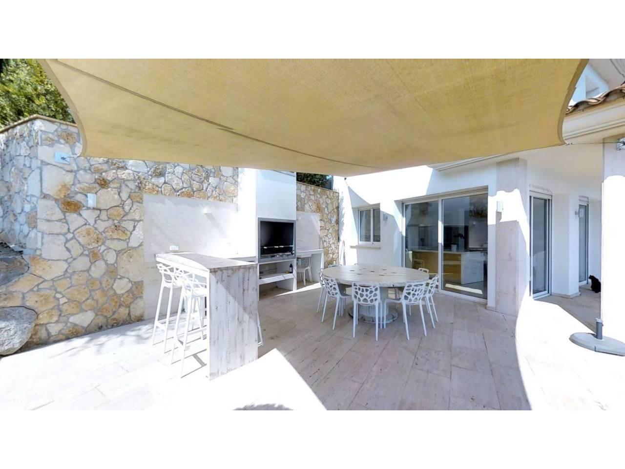 House with private swimming pool at Rio de Oro urbanization. - 1283