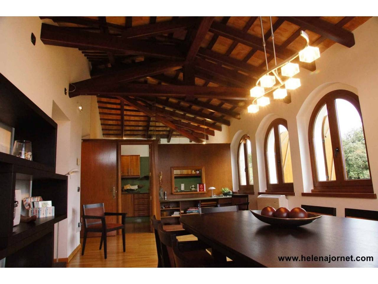 Spectacular farmhouse reformed with covered swimming pool and 37 ha of area - 343