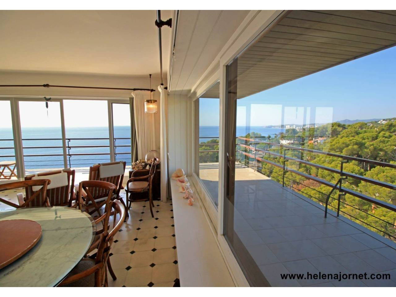 Exceptional apartment with sea views located in the Eden Mar building of Torre Valentina. - 20007
