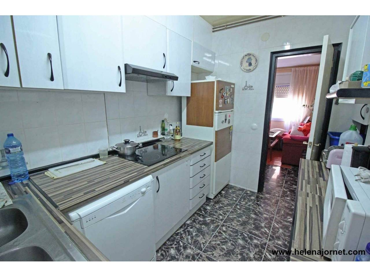 Apartment in the area of the Esclat.