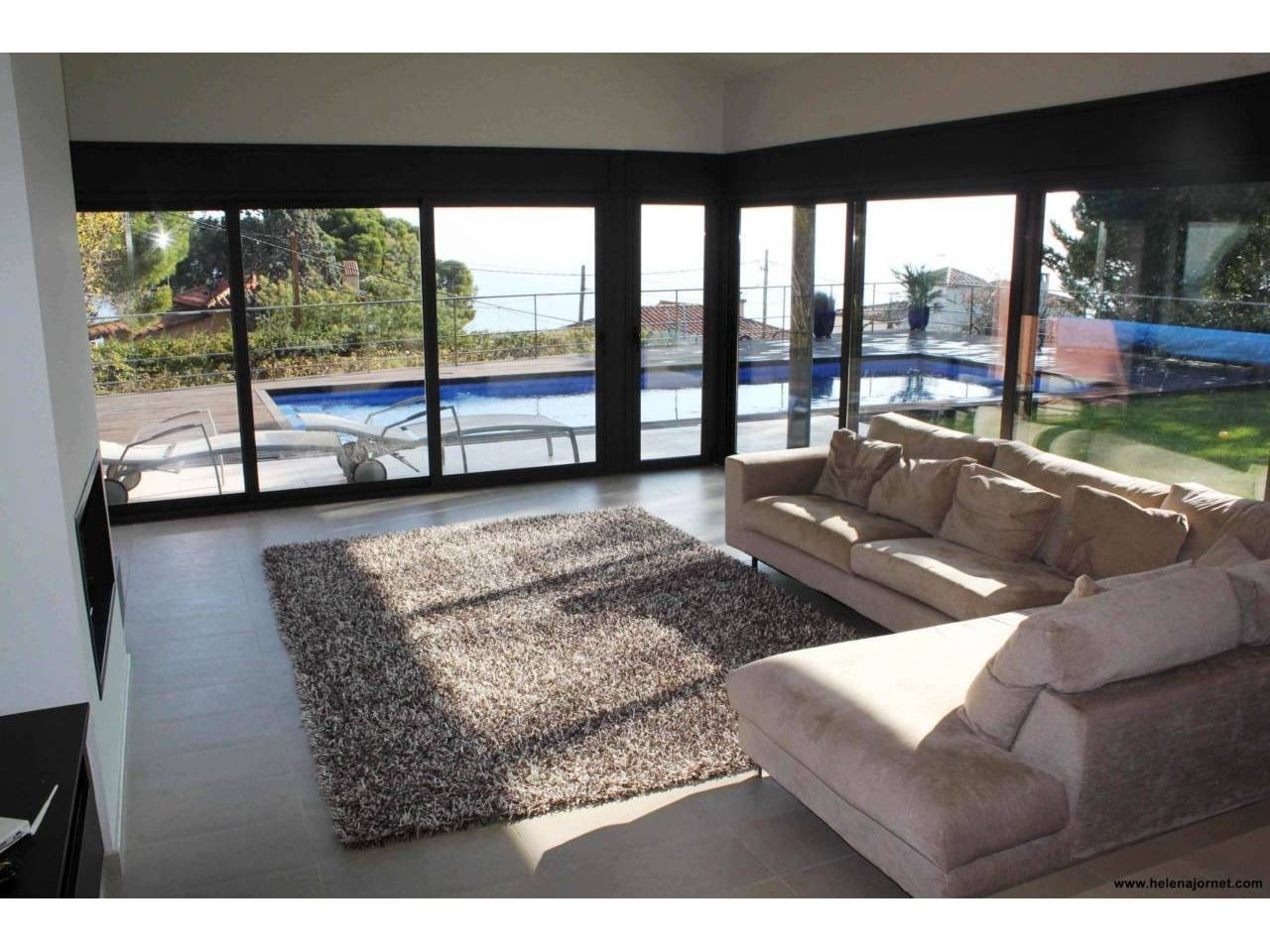 Exclusiva casa en Sant Elm con unas vistas al mar espectaculares - 2895