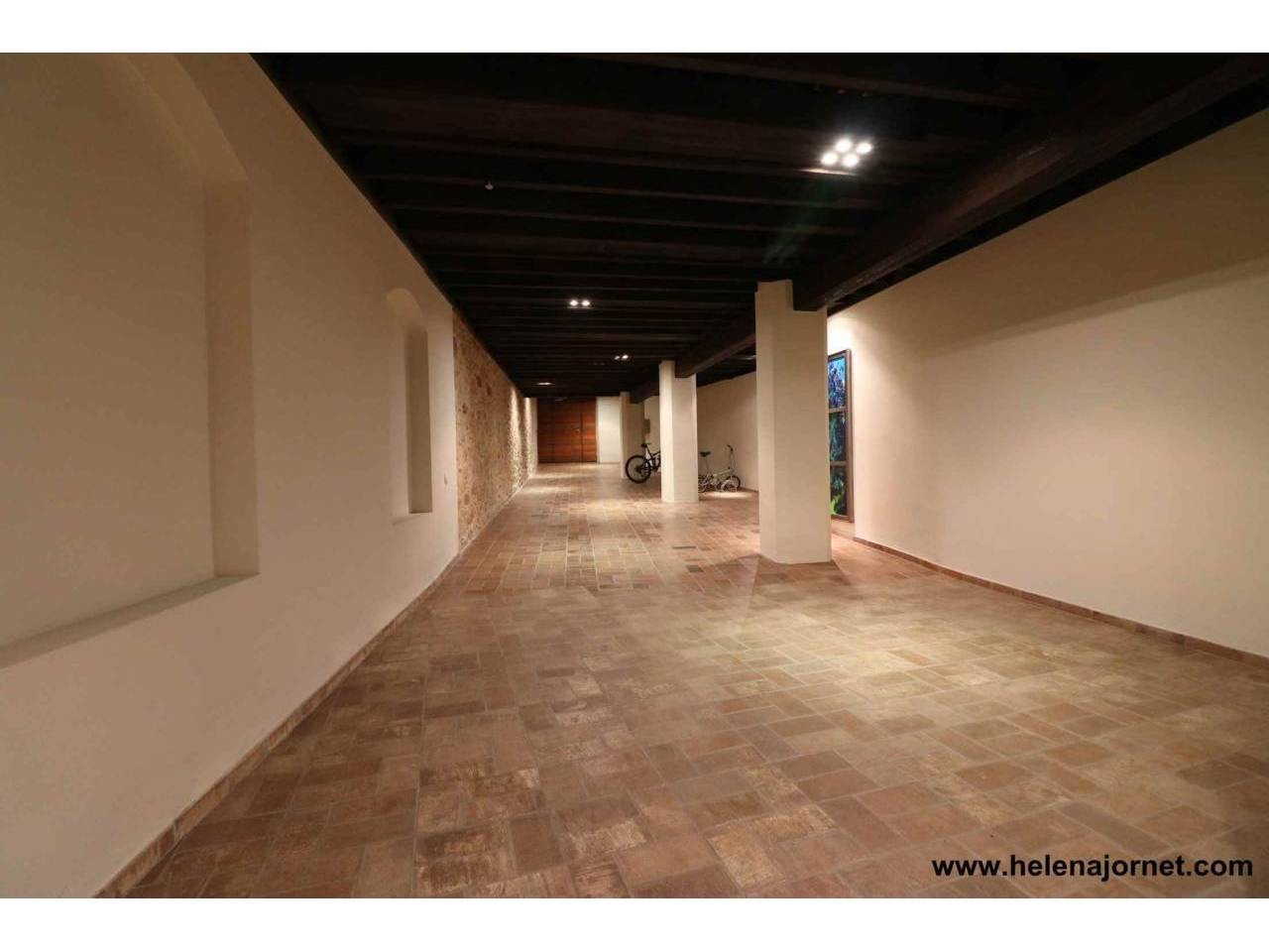 Spectacular loft in town-centre - 4097