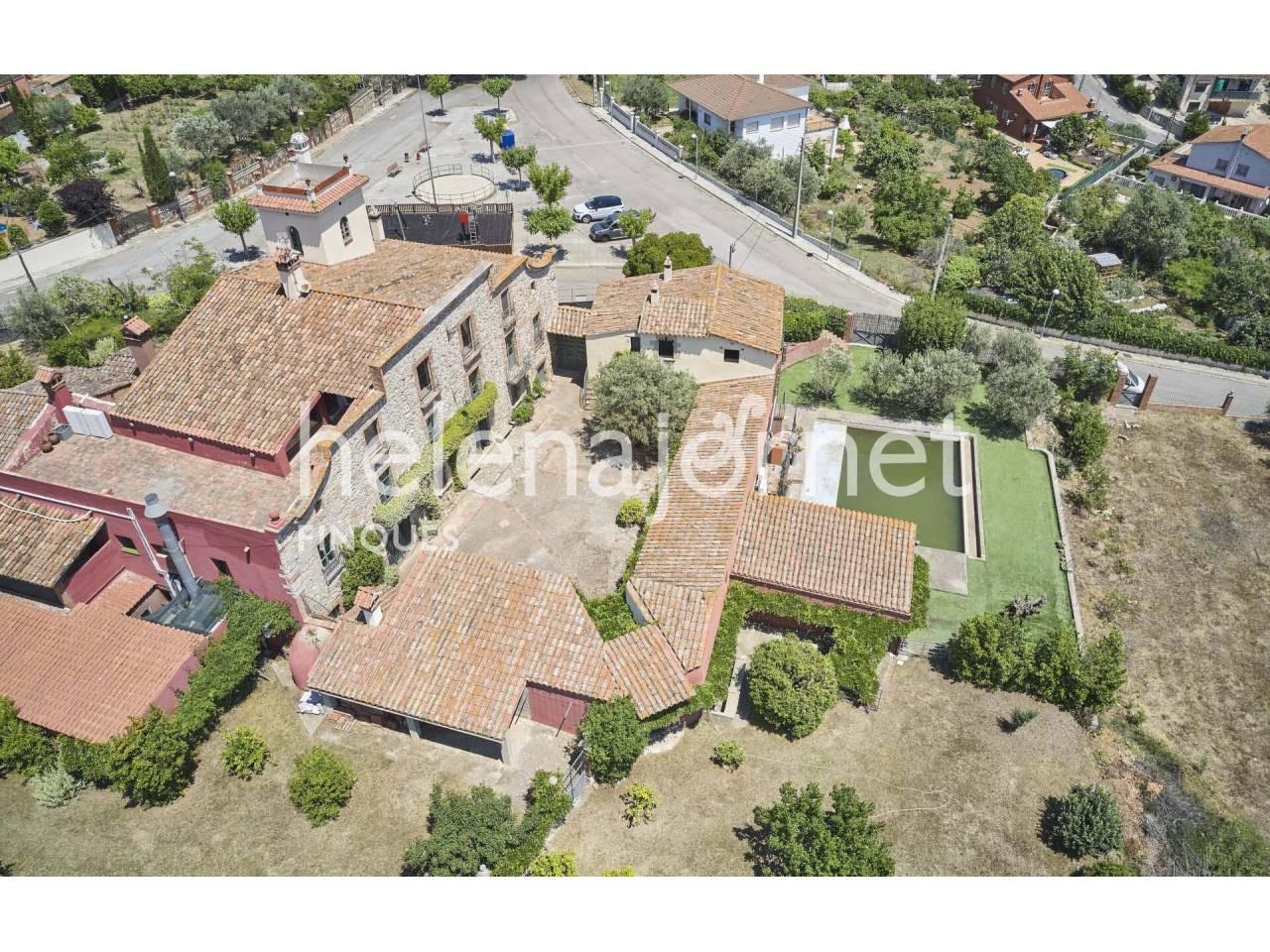 Ferme catalane de l'année 1.700, entièrement rénovée à Bigues i Riells  - 1559