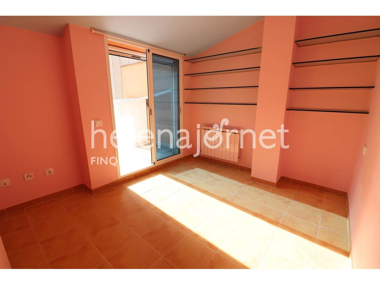 Duplex in second line of the beach of Sant Antoni de Calonge, with private parking place  - 1120
