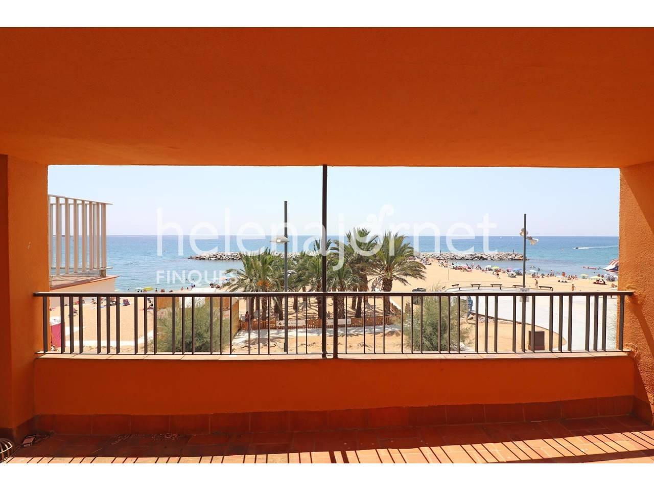 Casa adosada en el paseo con vistas a mar,garage y jardín en Sant Antoni de Calonge - 20111