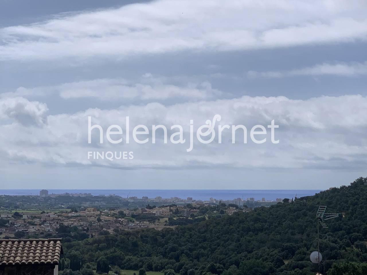Terreny edificable amb unes espectaculars vistes a mar, muntanya i Calonge - 20074