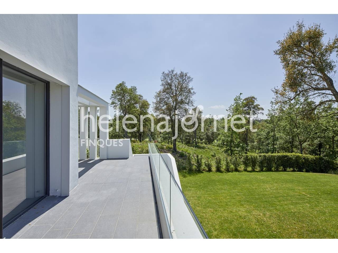 Beautiful designer house with terrace and private garden - 1220