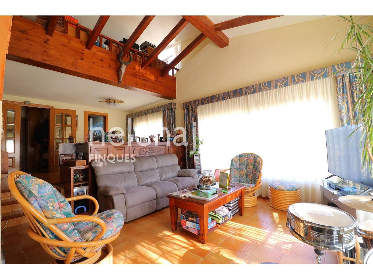 Beautiful and spacious house in Las Baterías with large garden and private pool. - 1342