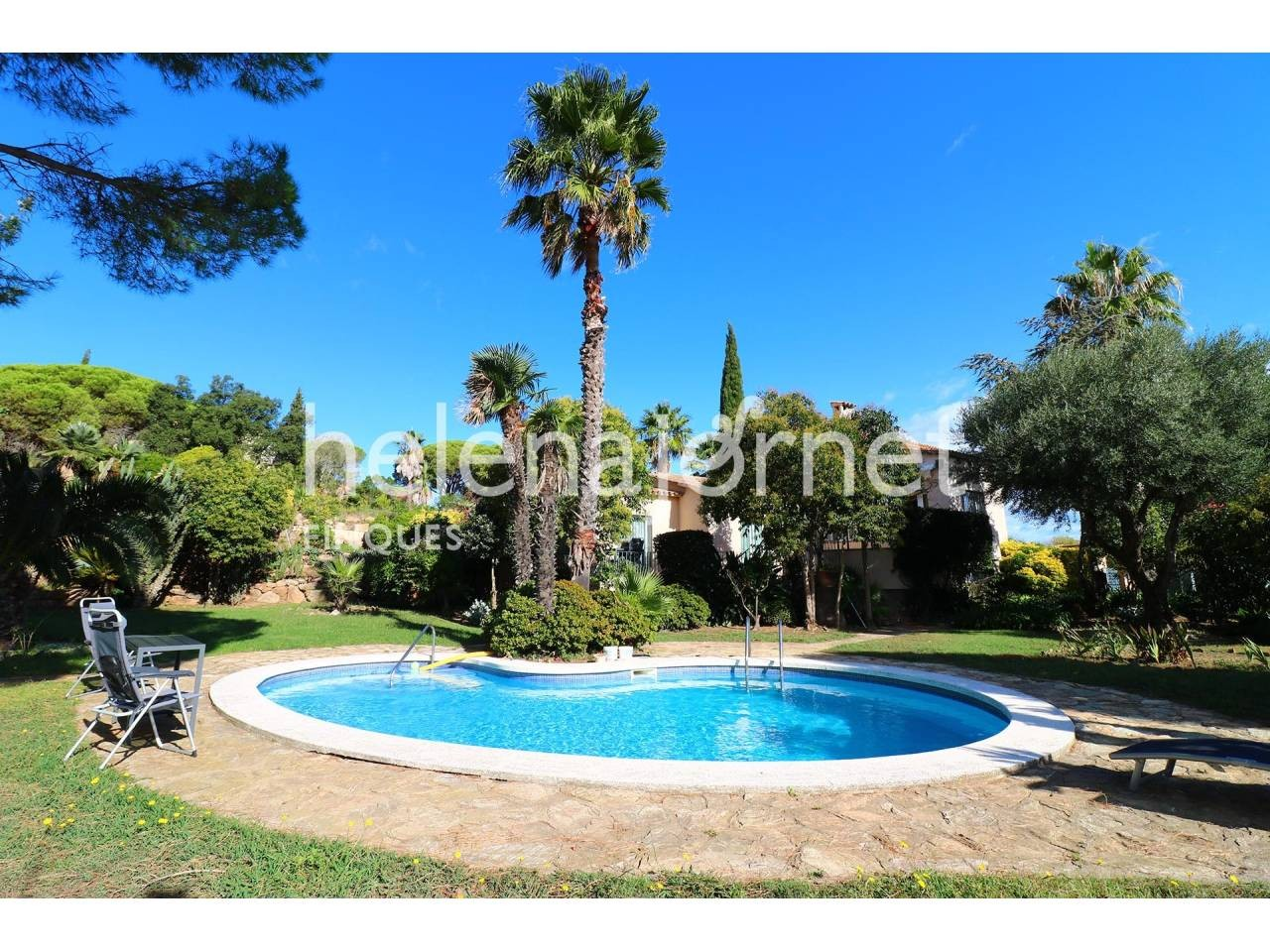 Beautiful and spacious house in Las Baterías with large garden and private pool. - 4300