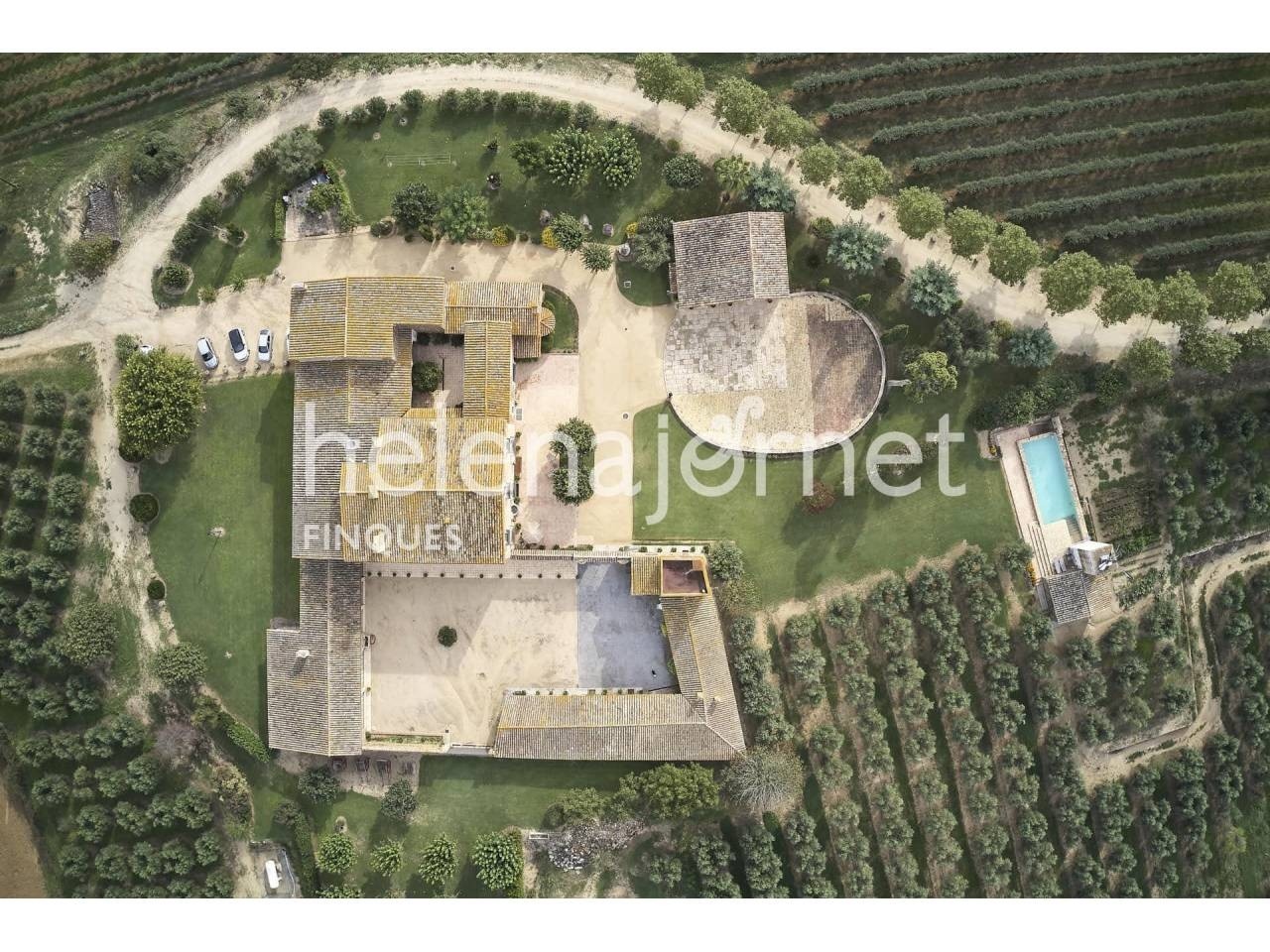 Unique and exceptional rustic property of 137ha, with two renovated country houses - 1341