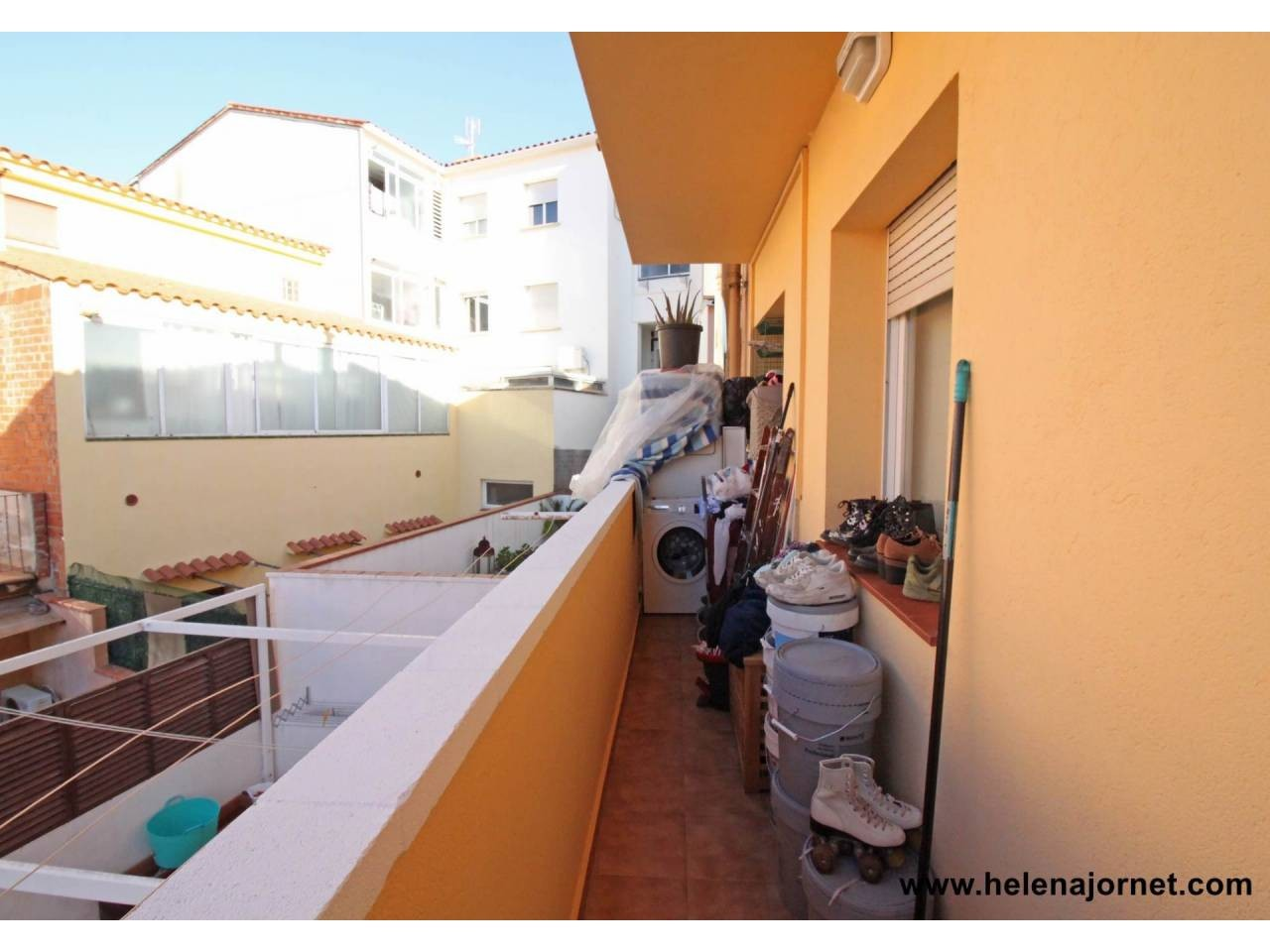 Apartment with terrace in Vilartagues i Tueda de Dalt - 551