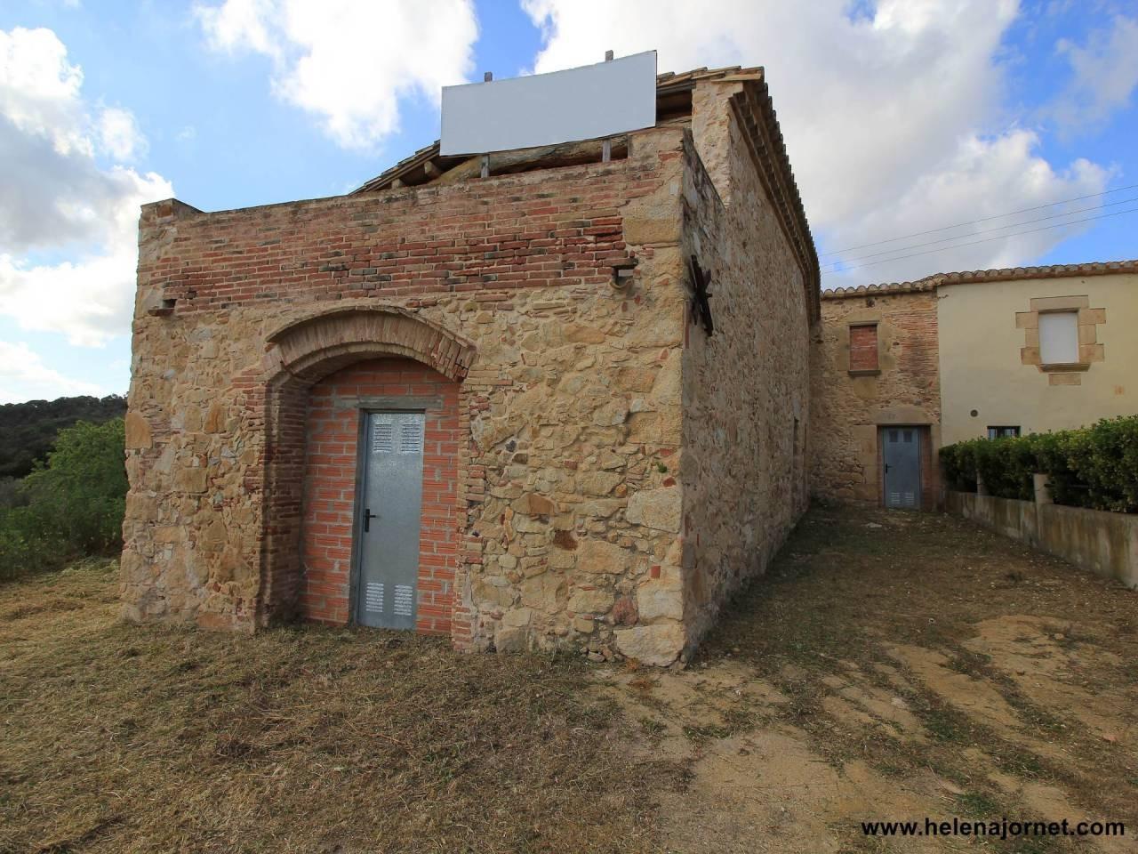 Masia to refurbish with wonderful views - 1484