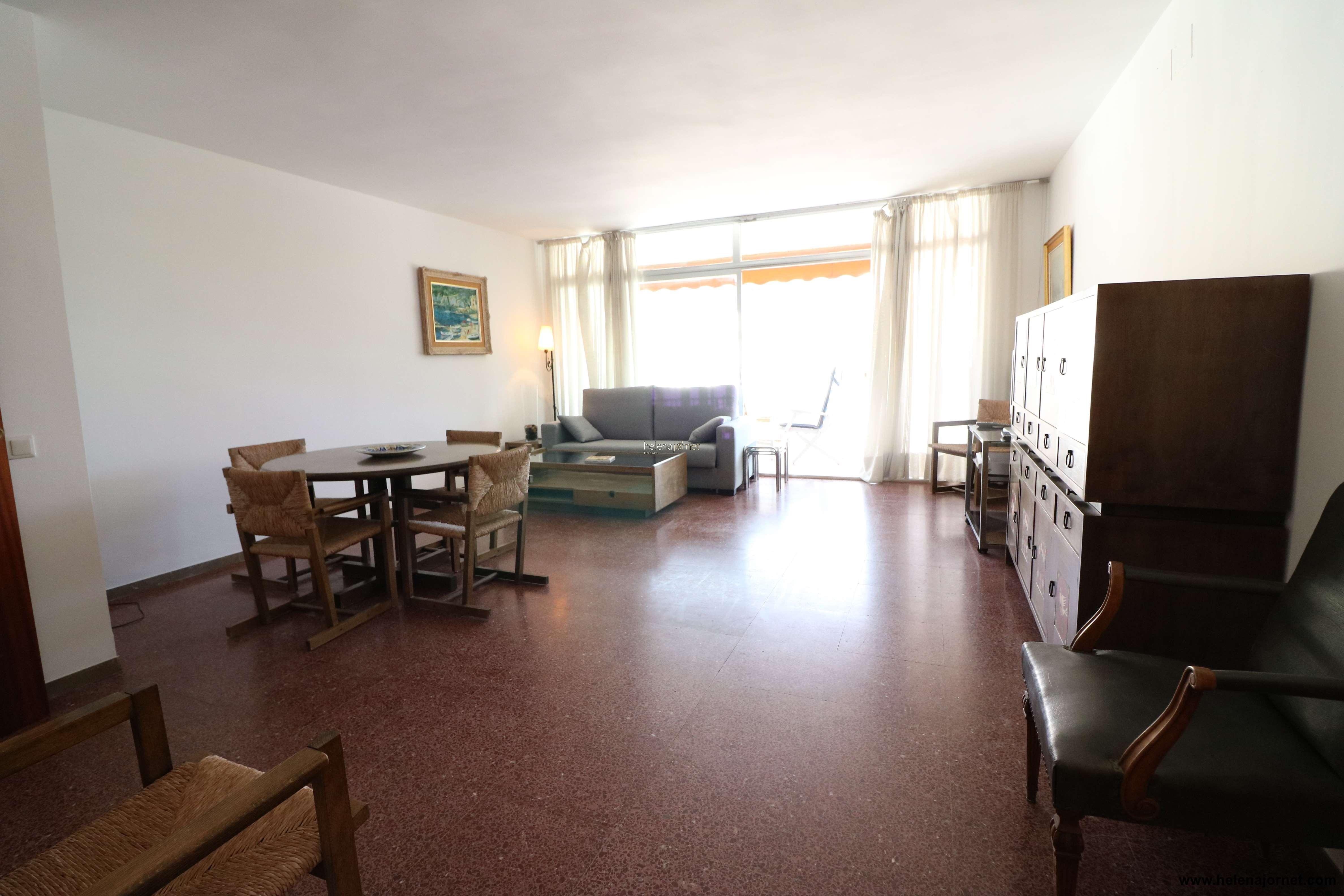 Apartamento en primera línea de mar - 70024 San Sebastià