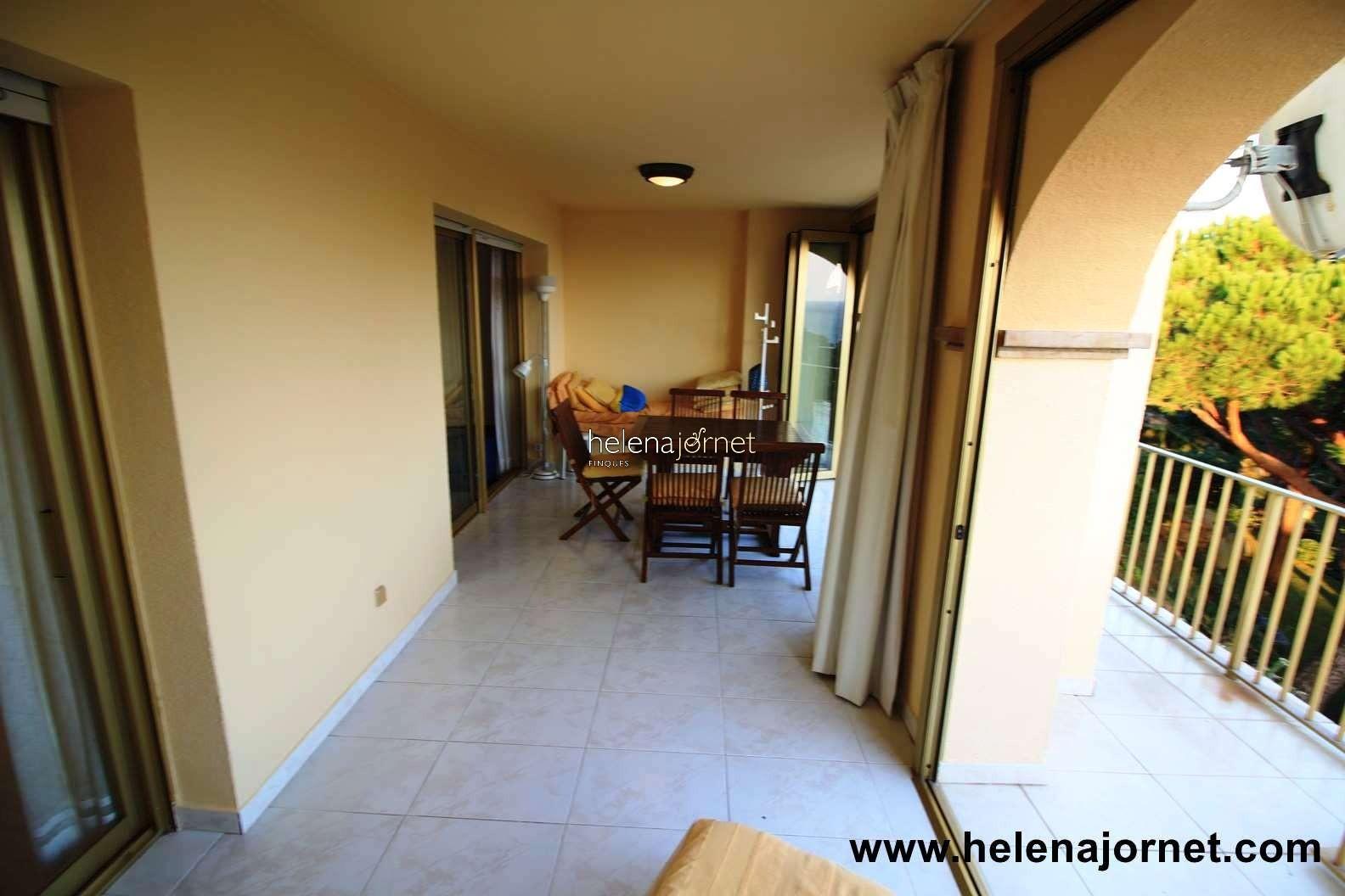 Apartamento con terraza, WIFI,  vistas mar y piscina comunitaria - 70051 Las Velas